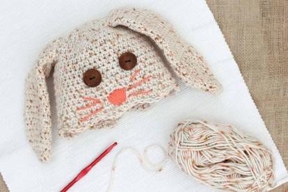 Free-crochet-bunny-hat-pattern-baby-4